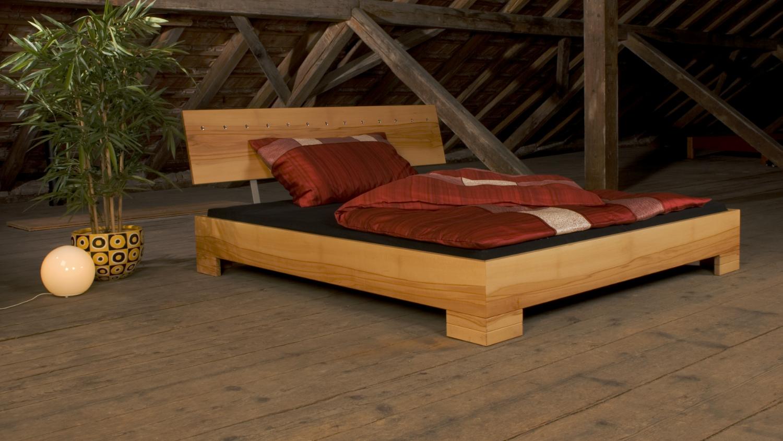 bett elena koch f rs leben. Black Bedroom Furniture Sets. Home Design Ideas